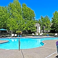 Harbor Oaks Luxury Apartments - Sacramento, CA 95833