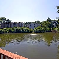 Whispering Lake - Florissant, MO 63033