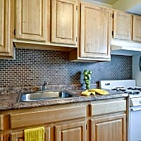 Middle Branch Apartments and Townhomes - Baltimore, MD 21225