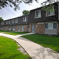 Hinsdale Lake Terrace - Willowbrook, IL 60527