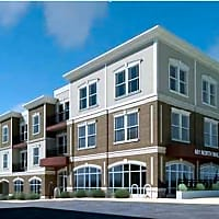 Heritage Apartments E Hillside Bloomington In Apartments For Rent