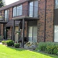 Maplecrest Apartments - Birmingham, MI 48009