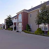 Prestwick Point Apartments - Champaign, IL 61822
