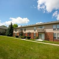 Grand Oaks Apartments - Grand Blanc, MI 48439