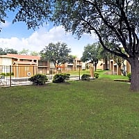Plaza Square Apartments - San Angelo, TX 76904