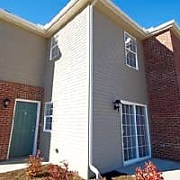Ashton Place Townhomes - Wadsworth, OH 44281