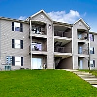 Chestnut Pointe Apartments - Harrisburg, PA 17111