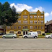 East Side Apartments - Milwaukee, WI 53202