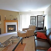 Saddle Brook Apartments - Pewaukee, WI 53072