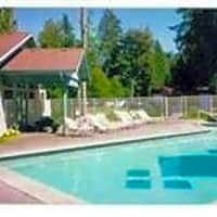 College Pointe Apartments - Lacey, WA 98503