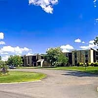 Highland Village Apartments - Duluth, MN 55811