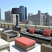 Icon Luxury Apartments - Philadelphia, PA 19102