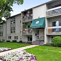Plaza Apartments - Lebanon, PA 17042