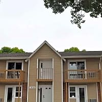 Maple Lawn Apartments - Fitchburg, WI 53713