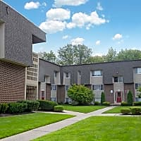 Towne Oaks Apartments - South Bound Brook, NJ 08880