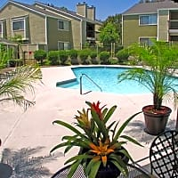 Woodmere Apartments - Ontario, CA 91762