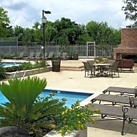 Highland Park Apartments - Fort Worth, TX 76132
