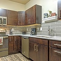 Pineview Apartments - Fargo, ND 58104