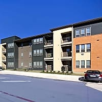 Landings at Marine Creek - Fort Worth, TX 76106