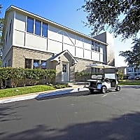 Chevy Chase Apartments - Austin, TX 78752