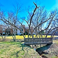 Huntington Glen Apartments - Bedford, TX 76021