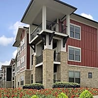 Brighton Creek Apartments - Kansas City, MO 64119