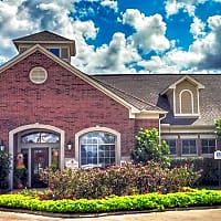The Heritage At Hooper Hill - Conroe, TX 77301