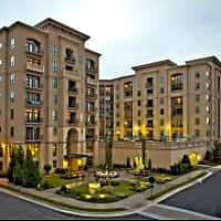 92 West Paces - Atlanta, GA 30305