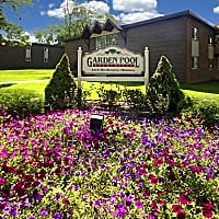 Garden Pool Apartments - West Allis, WI 53227