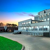 River Walk Lofts - Davenport, IA 52801