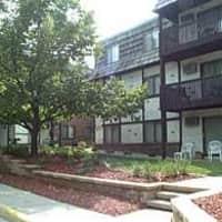 Bentonshire Apartments - Saint Cloud, MN 56304