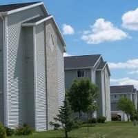 Greenbrier Apartments - Fargo, ND 58103