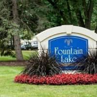 Fountain Lake Apartments - Fort Wayne, IN 46835