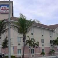 InTown Suites - Military Trail (MLT) - West Palm Beach, FL 33407