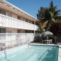 Bermuda House Apartments - Miami, FL 33136