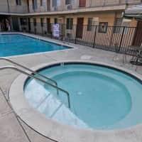 Villa Sorrento Apartments - Reseda, CA 91335