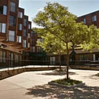New Boston Square Apartments - Minneapolis, MN 55418