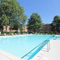 Fairfax Circle Villa Apartments - Fairfax, VA 22031