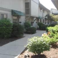 Tara Hill Apartment Homes - Greenfield, WI 53220
