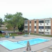 Fremont Court Apartments - Bloomington, MN 55420