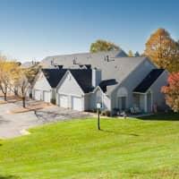 Alden Pond Townhomes - Eagan, MN 55121