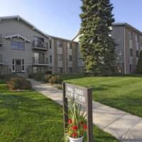 Lake Pines Apartments - Saint Joseph, MI 49085