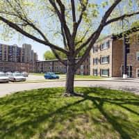 Lynwood Flats - Minneapolis, MN 55423