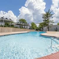 Schoettler Village Apartments - Chesterfield, MO 63017