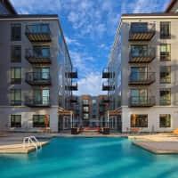 Elan Uptown Apartments - Minneapolis, MN 55408