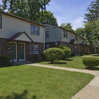 Woodbury Manor Townhomes - Woodbury, NJ 08096