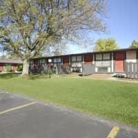 Pinewood Apartments - Kent, OH 44240