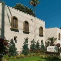 Vista Del Rey - Tustin, CA 92780