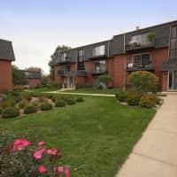 Brittany Court - La Grange, IL 60525