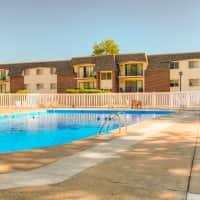 Camelot Village Apartments - Omaha, NE 68134